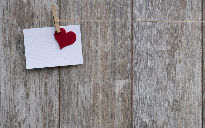 5 Ways to Make your Clients Feel Loved This Valentine's Day Thumbnail