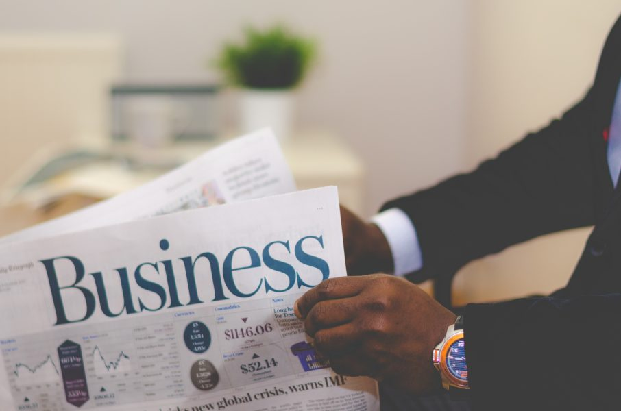 Top 3 Reasons Why Investors Read Blogs Featured Image