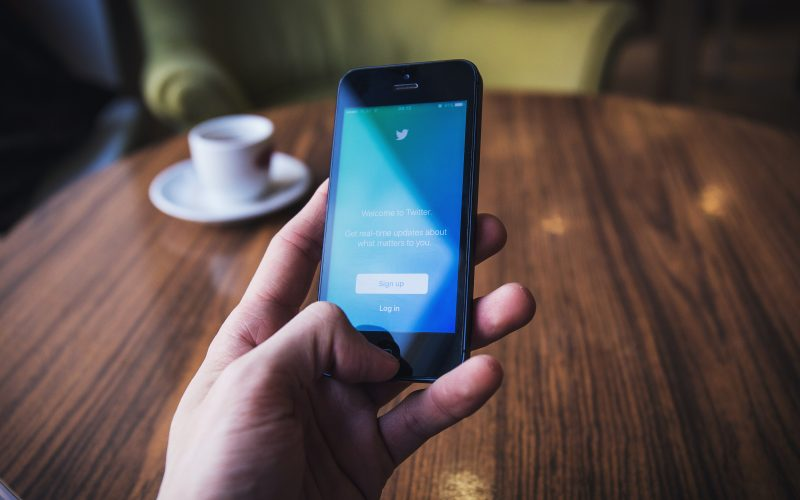 Twitter Roundup: Insights and Information for Financial Advisors Thumbnail