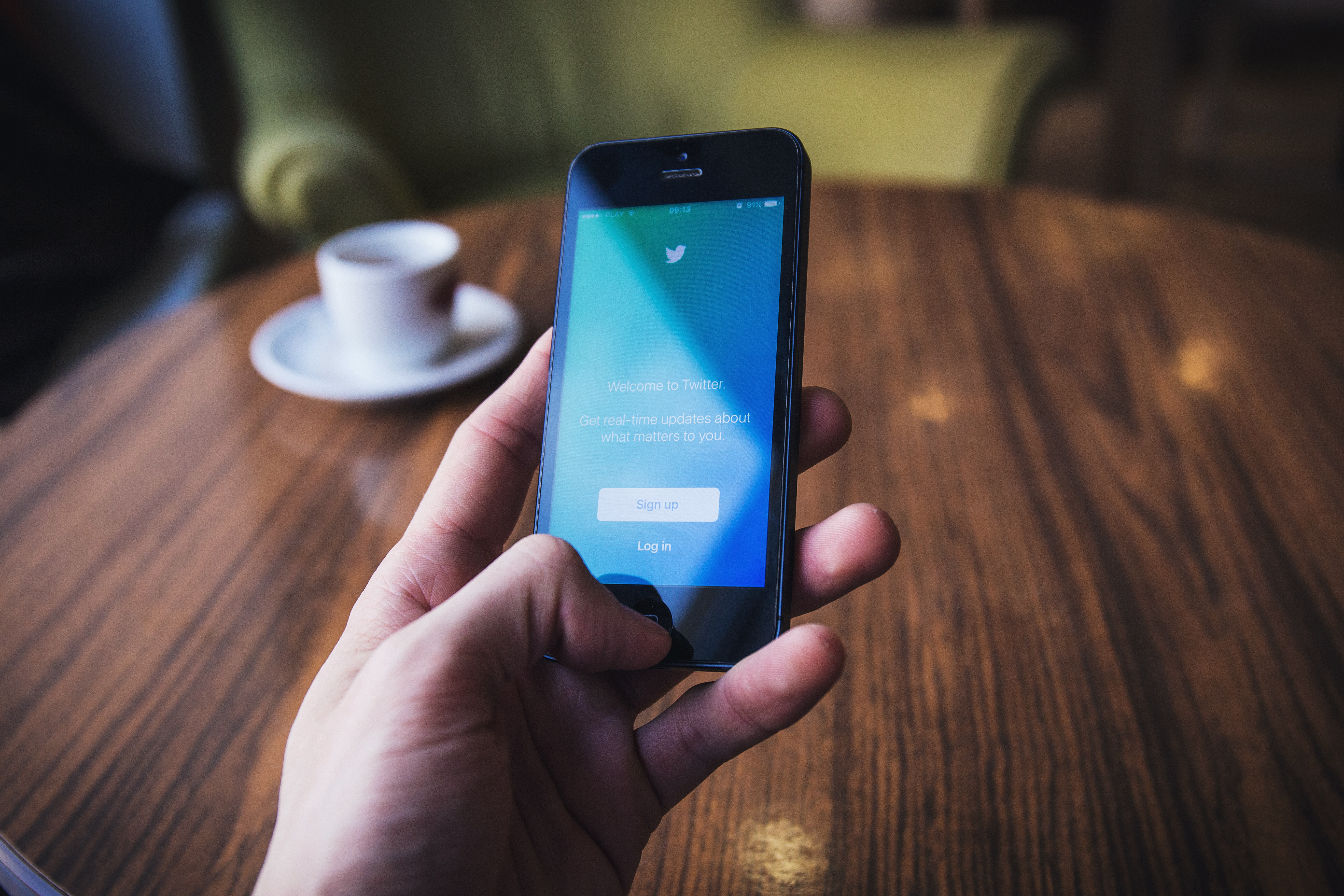 Twitter Roundup: Insights and Information for Financial Advisors Featured Image