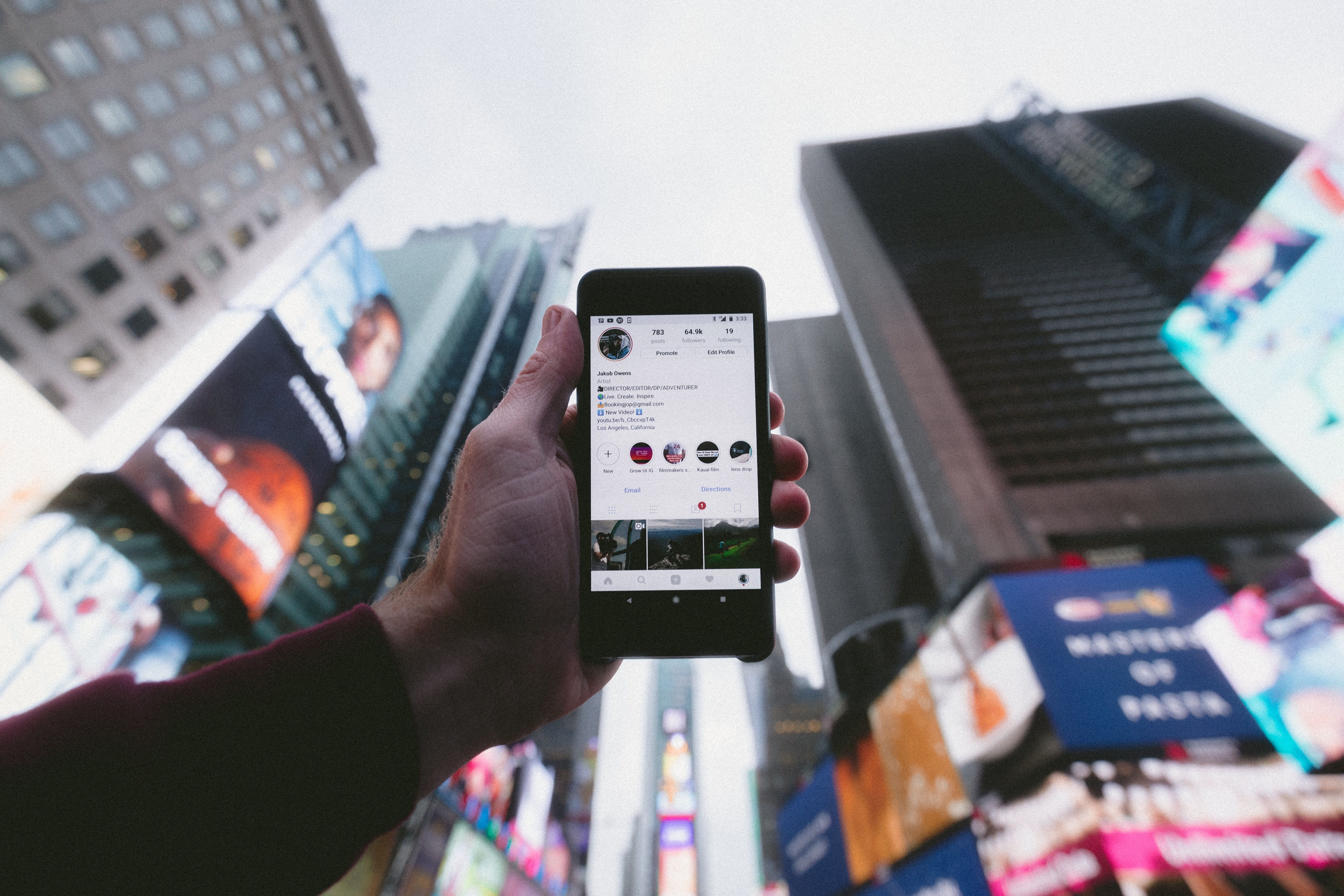 Using Instagram in the Financial Services Industry Featured Image