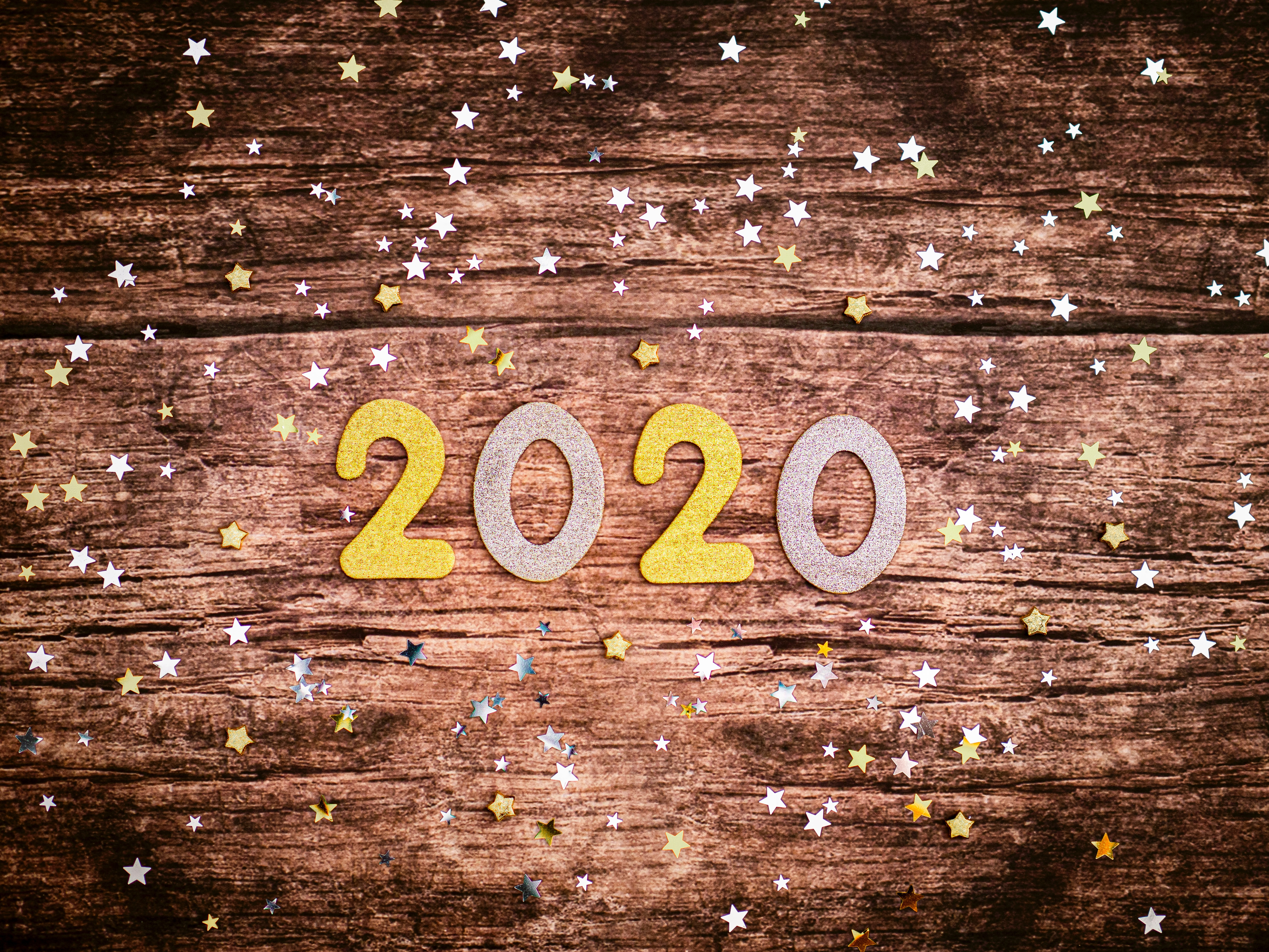 Top 6 Resolutions For Your Financial Advisor Website in 2020 Featured Image