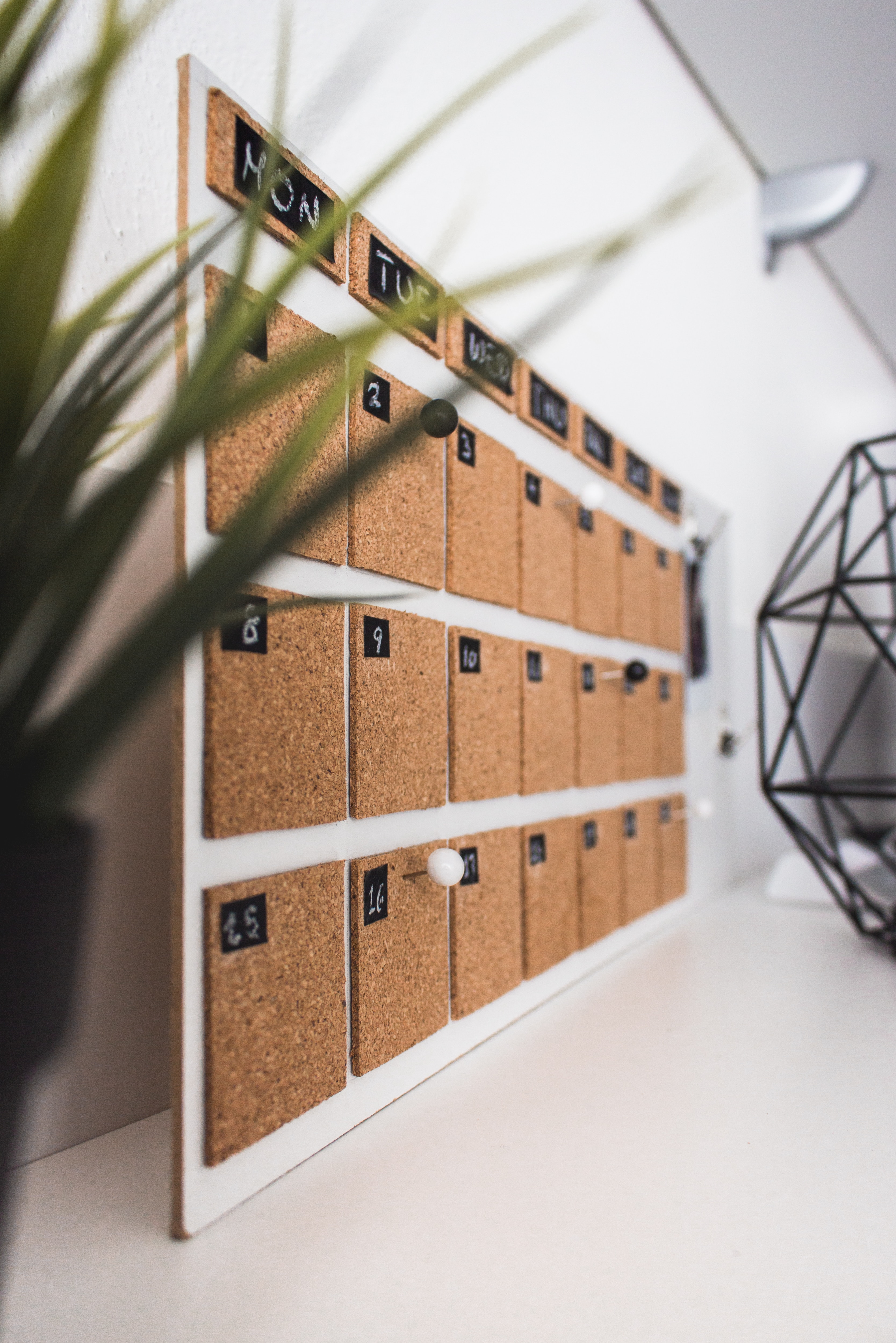 How to Create a Marketing Calendar for 2020 That Works [Template Included] Featured Image