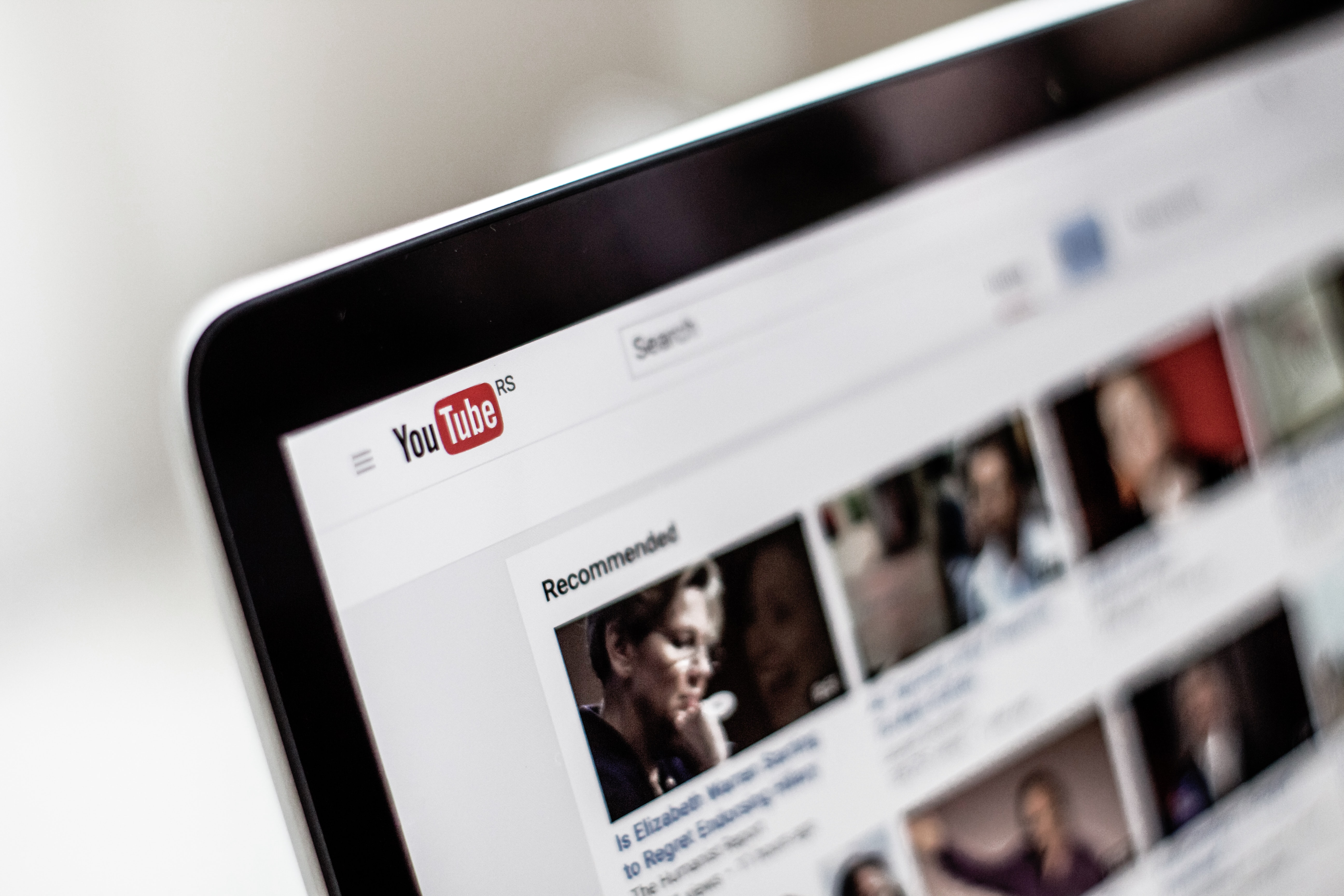 How To Create A Free YouTube Account: A Guide For Financial Advisors Featured Image