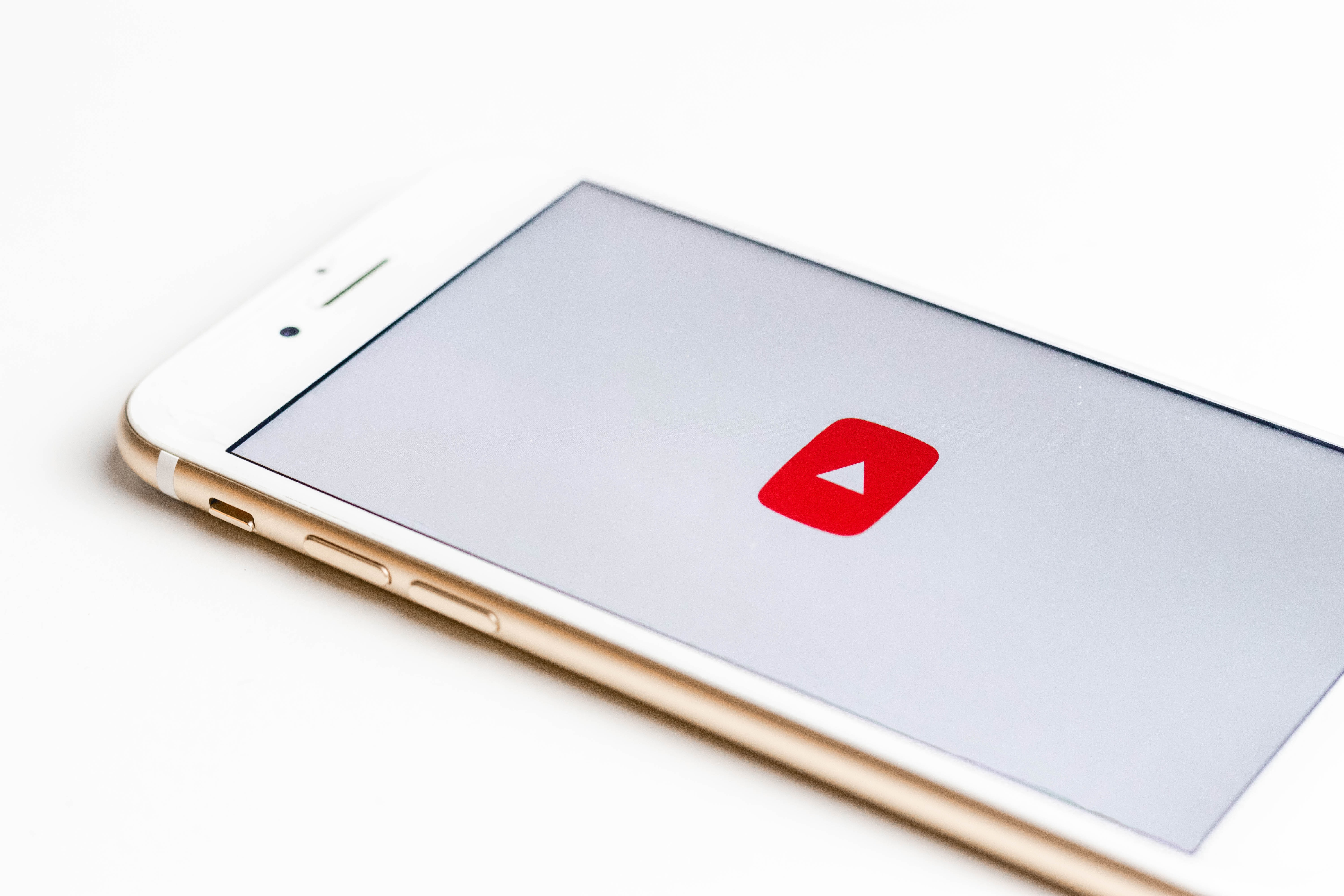10 Ways To Promote Your YouTube Channel as a Financial Advisor Featured Image