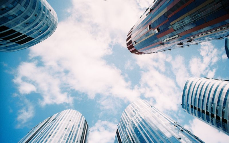 How to Create Skyscraper Content for Your Advisor Website Thumbnail